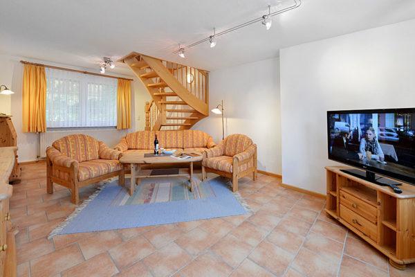 appartements-insel-ruegen-ralswiek-wohnbereich-haus-im-park-wg1