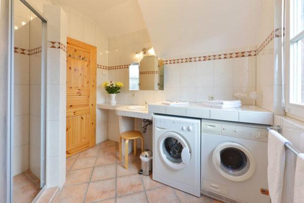 Badezimmer im Haus am Hafen der Störtebeker Appartements in Ralswiek auf der Insel Rügen