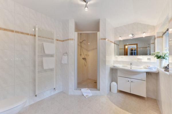 Badezimmer der Störtebeker Appartements im Pferdehof in Ralswiek auf Rügen