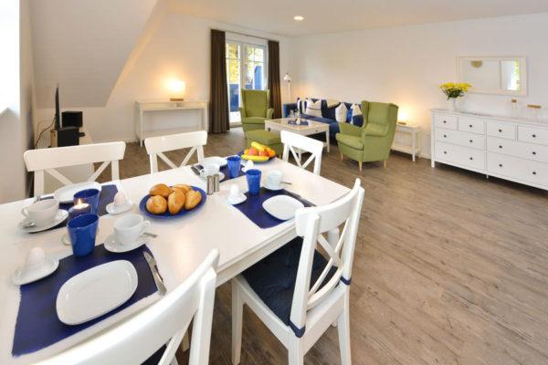 appartements-blaues-haus-ruegen-ralswiek-essbereich-wg5