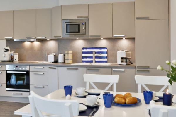 appartements-ralswiek-ruegen-kueche-blaues-haus-wg4