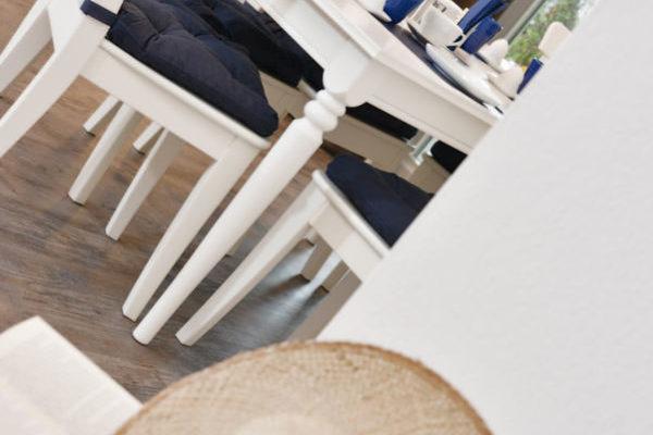 essbereich-ferienwohnung-blaues-haus-ralswiek-wg2