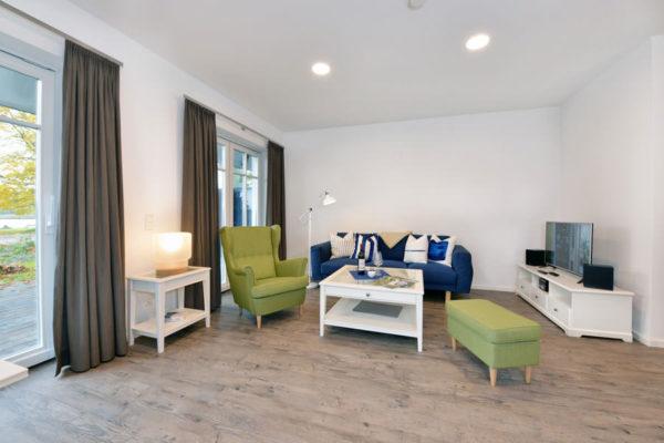 ferienwohnungen-insel-ruegen-blaues-haus-wohnbereich-wg1