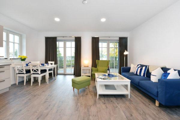 ferienwohnungen-ralswiek-ruegen-blaues-haus-wohnbereich-wg1