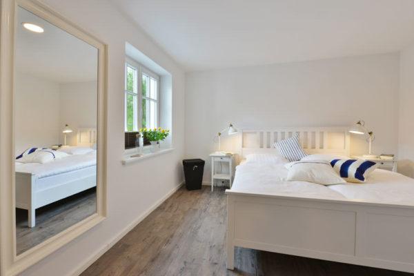 schlafzimmer-blaues-haus-appartements-ralswiek-ruegen-wg4