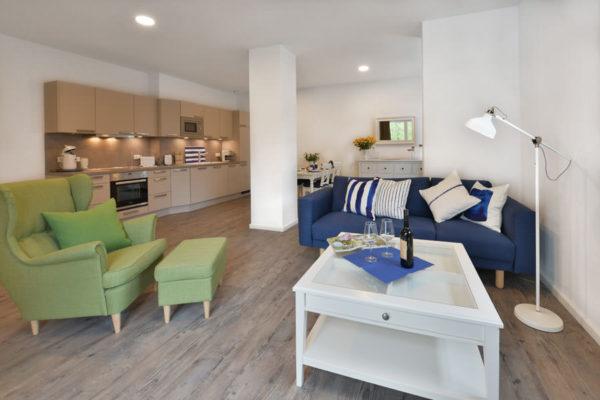wohnbereich-blaues-haus-appartements-stoertebeker-ruegen-wg4