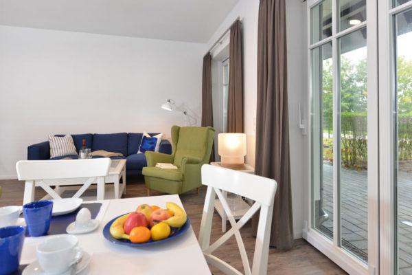 wohnbereich-essbereich-blaues-haus-appartements-wg2