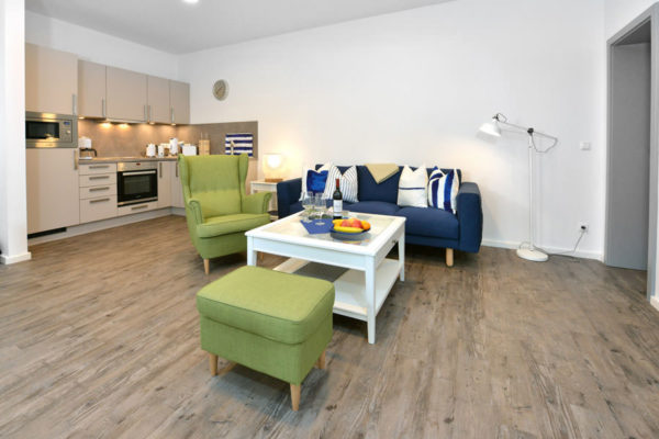 wohnbereich-ferienwohnungen-blaues-haus-ruegen-wg3