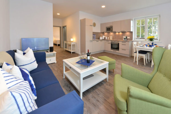 wohnbereich-wg1-ferienhaus-blaues-haus-ruegen